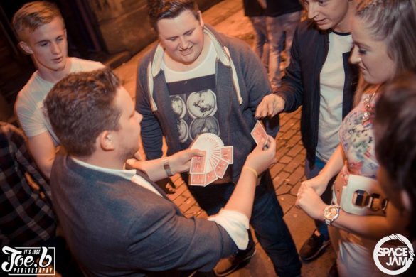Close Up magician in Leeds